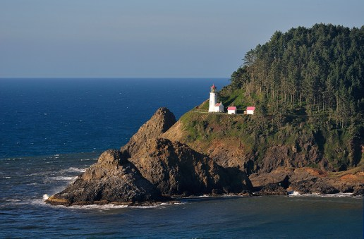 Heceta Head Lighthouse, Oregon Coast photo by Christian Heeb courtesy of Travel Oregon
